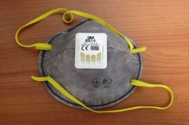 Aktívszenes maszk szerves gőzök elleni álarc FFP1 szelepes 3M (9914)